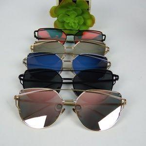 Fashion Cat Eye Mirrored Sunglasses